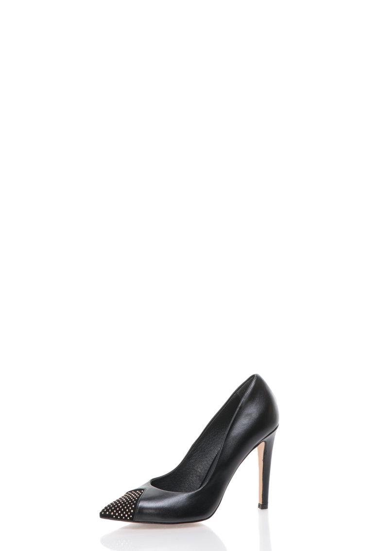 Pantofi negri din piele cu varf decorat cu tinte de la Roberto Botella