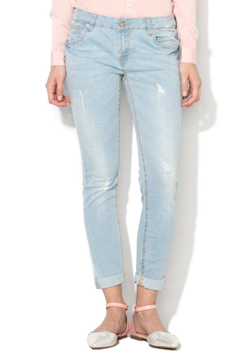 Jeansi bleu cu aspect uzat