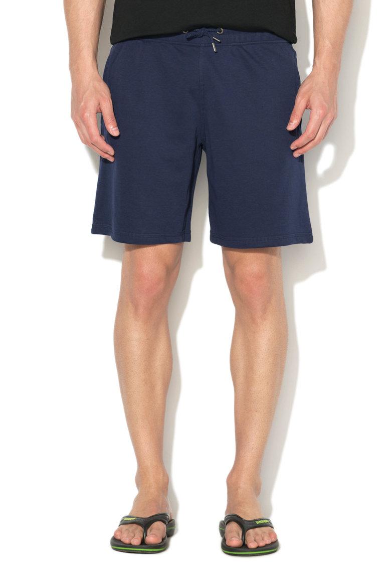 Pantaloni scurti bleumarin de casa de la GUESS