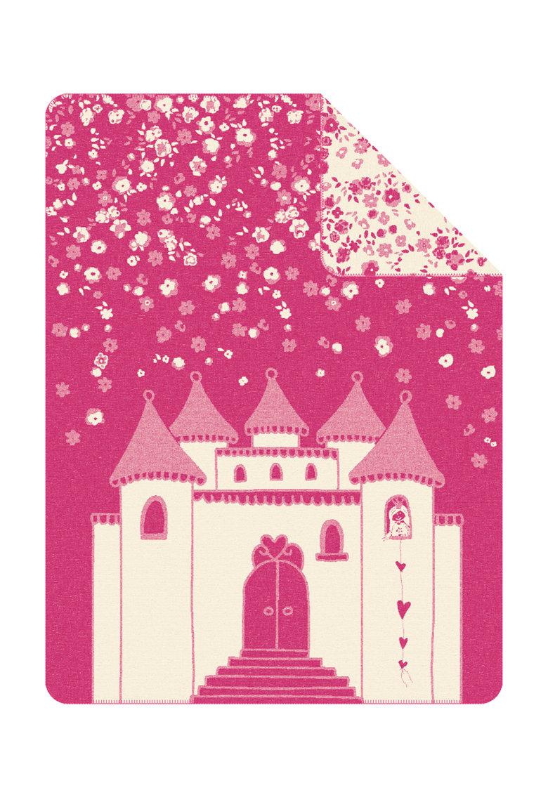 Patura roz cu alb si design castel