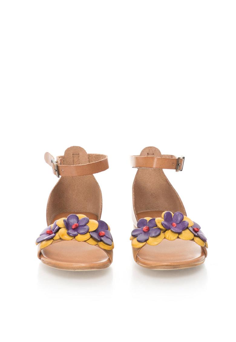 Zee Lane Sandale de piele cu decoratiuni florale