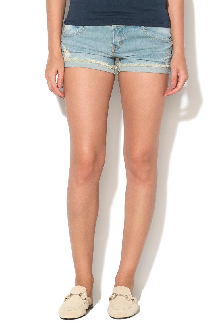 Hailys Hailys – Pantaloni scurti decolorati cu terminatii franjurate Mary