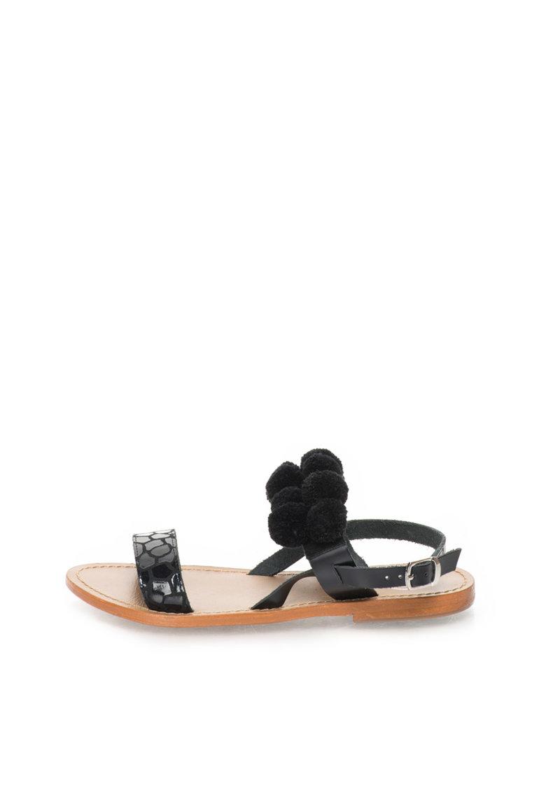 WHITE SUN Sandale negre cu ciucuri