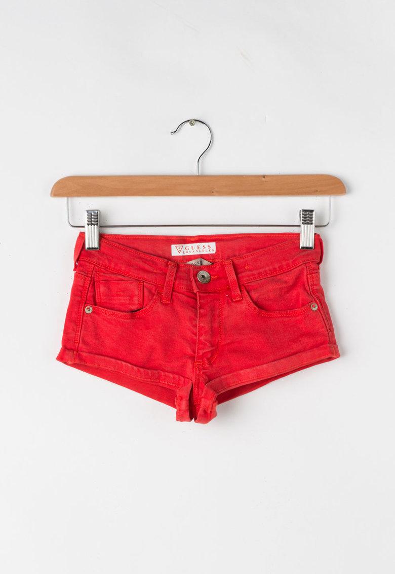 Pantaloni scurti cu terminatii rasucite de la GUESS JEANS – J71D82-W8610-B557
