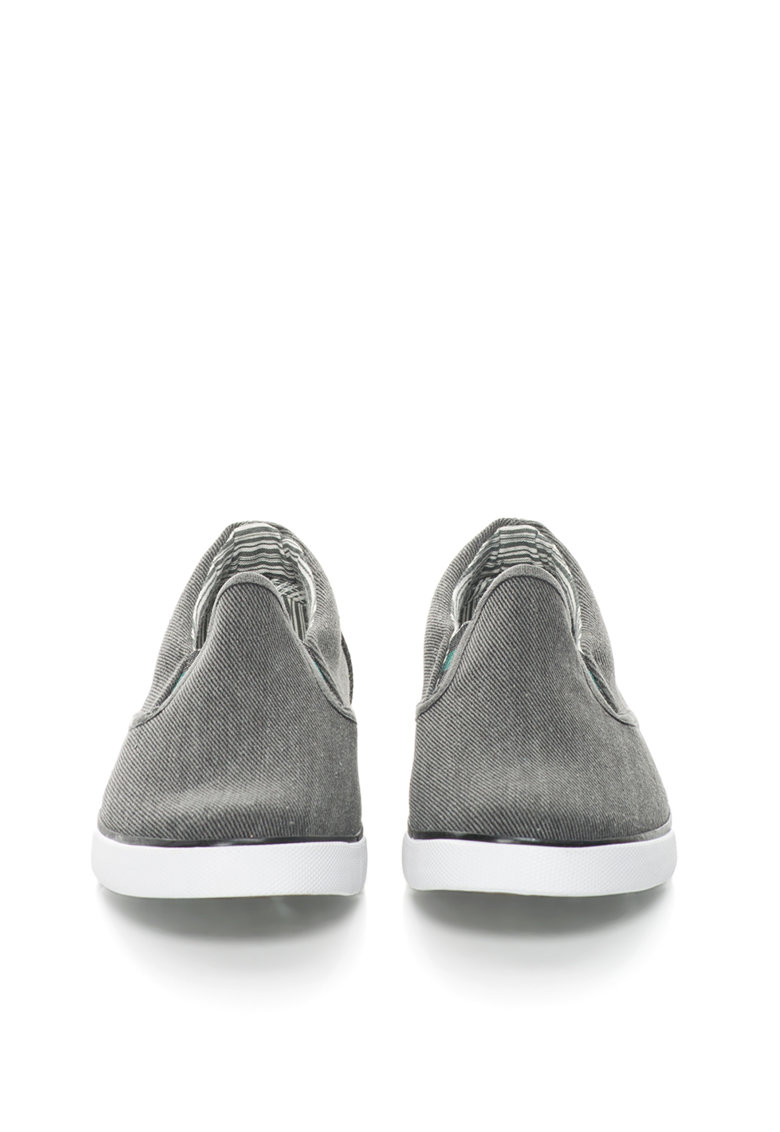 Pantofi slip-on