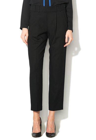 Pantaloni negri conici