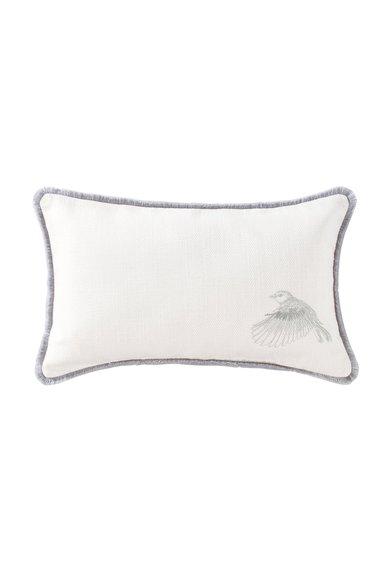 Perna decorativa alb fildes cu broderie argintie de la Descamps