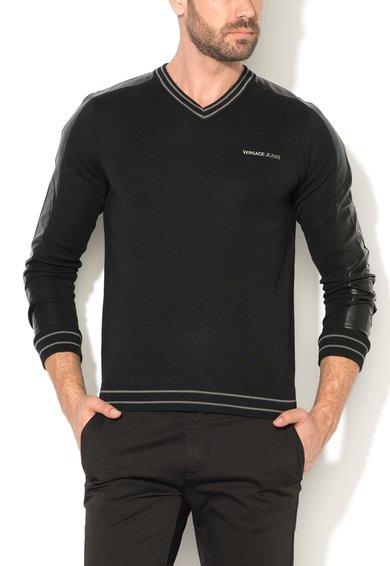 FashionDays.ro: Pulover regular fit negru cu detalii de piele sintetica VERSACE JEANS